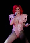 65268_Preppie_Rihanna_performs_at_the_New_York_State_Fairs_Mohegan_Sun_Grandstand_10_122_588lo